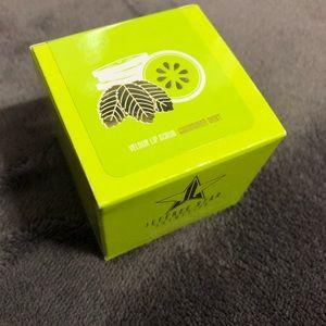 Jeffree Star Cucumber Mint Lip Scrub